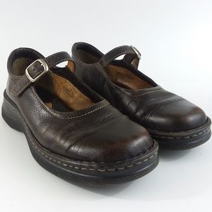 Born brown leather mary janes 8-1/2